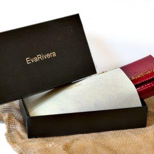 Sieviešu maks EvaRivera no lakotās ādas
